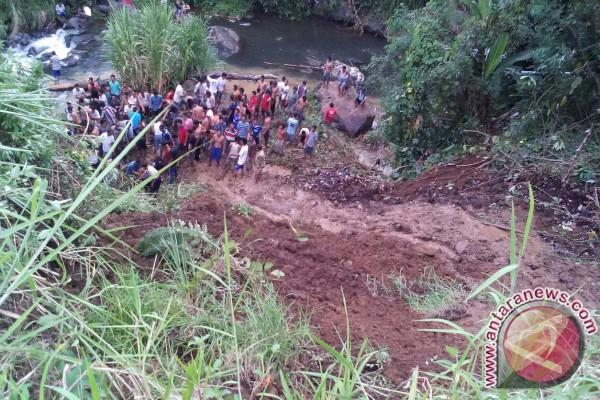Bengkulu Dilanda 206 Bencana Alam Selama 2016